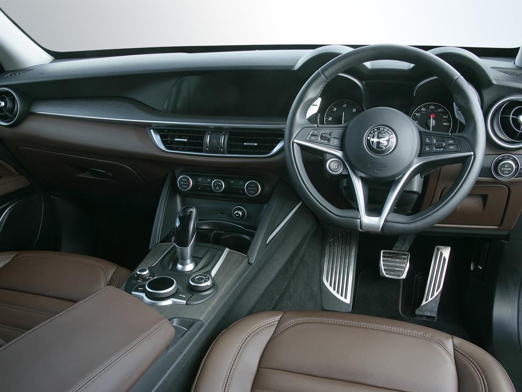 Alfa Romeo Stelvio Diesel Estate 2.2 D 190 Lusso 5dr Auto